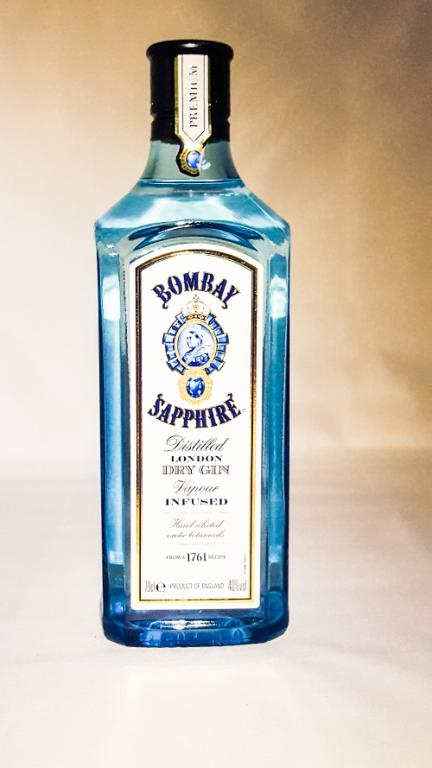 bombay_sapphire_gin_70cl
