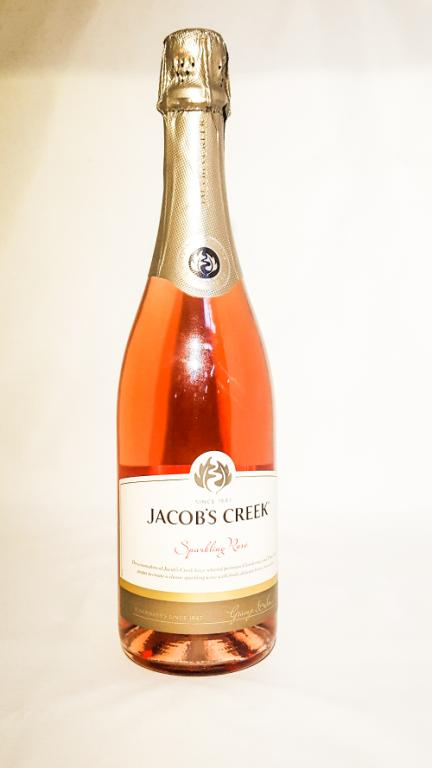 jacobs_creek_sparkling_rose
